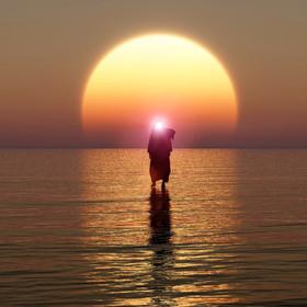 Jezus objawił się nad morzem we Włoszech? [ZDJĘCIE]
