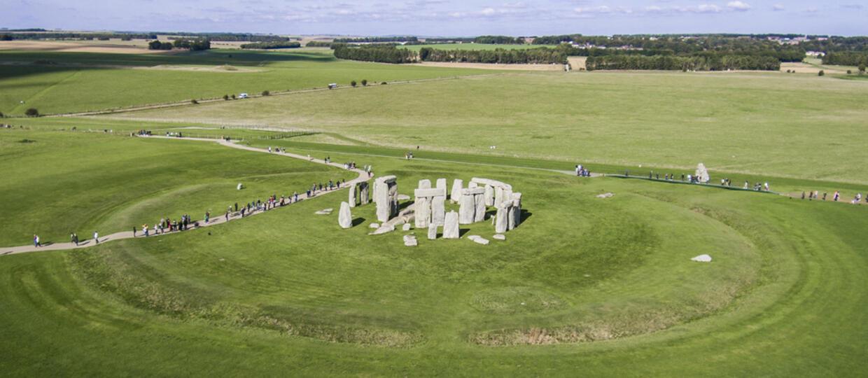 Tajemnicze kręgi w Polsce - lądowiska dla statków UFO czy dawne miejsca kultu?