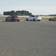 3268 KM Mercedesów-AMG w wyścigu na prostej