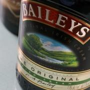 Baileys idzie z duchem czasu i stworzył nową wersję trunku dla wegan