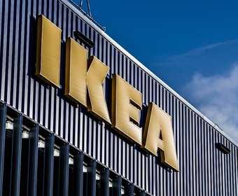 Ikea zachęca do sikania na jej reklamę. W zamian można otrzymać zniżkę