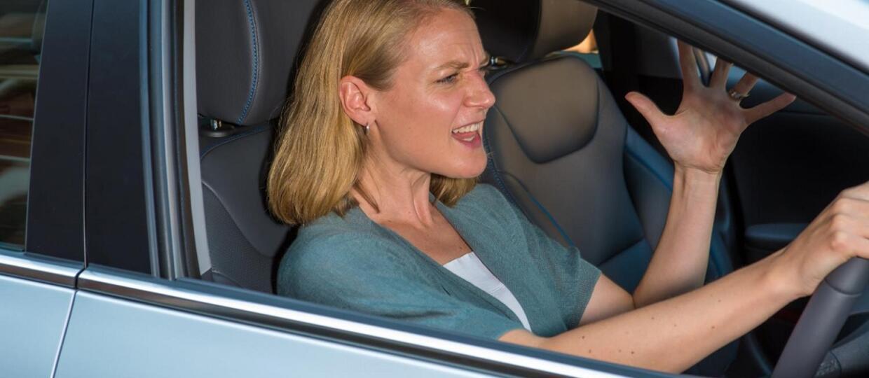 Kobiety są bardziej drażliwe za kierownicą