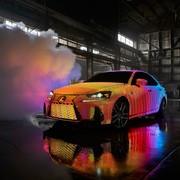 Lexus w LED-owym nadwoziu