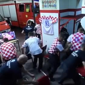 MŚ 2018: Strażacy z Chorwacji dostali wezwanie, gdy ich reprezentacja strzelała karne. Zobacz ich reakcję