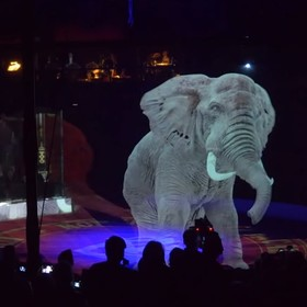 "Foto: kadr z wideo ""Optoma impresses audiences with a holographic circus experience"""