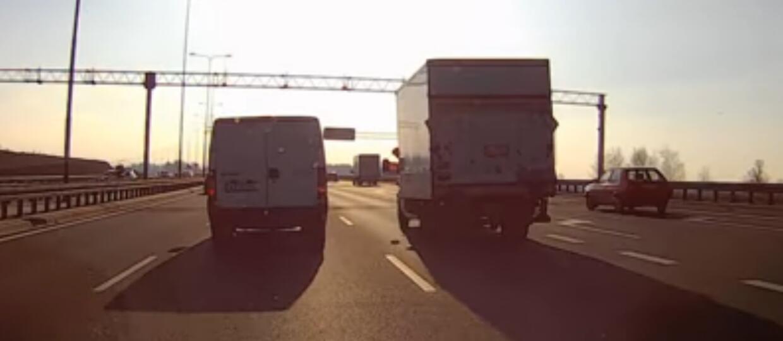 Policja zignorowała kierowcę stwarzającego niebezpieczeństwo