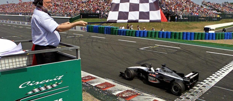 QUIZ: Czy znasz znaczenie flag używanych w motorsporcie?