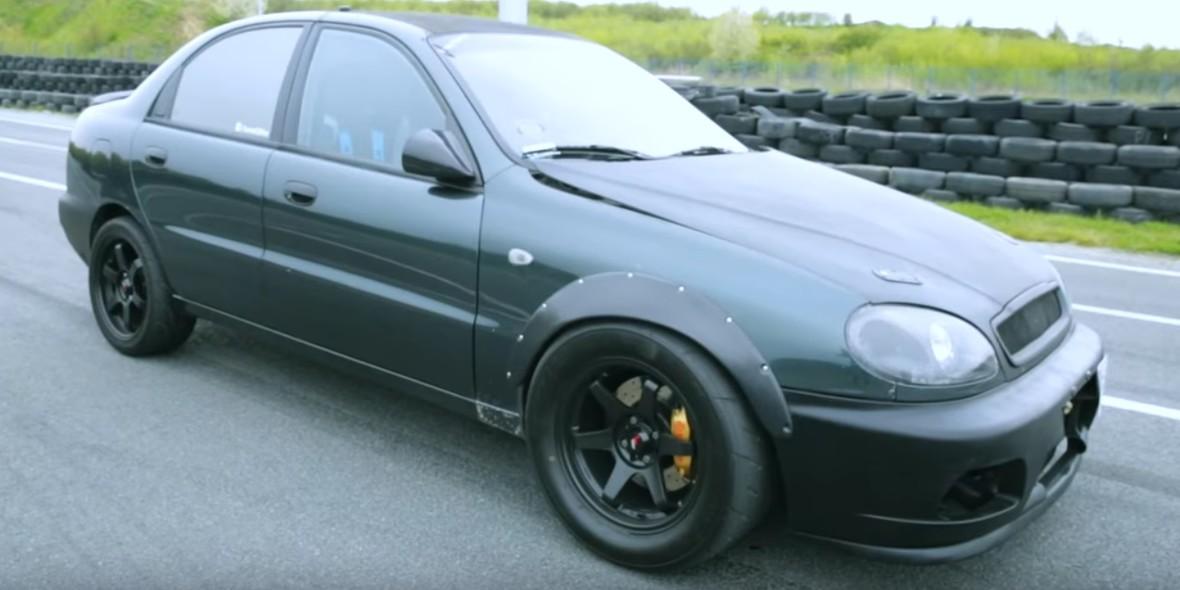 Ten Lanos Turbo wygrywa na 1/4 mili z BMW M3