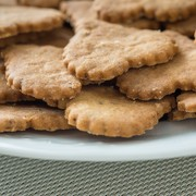 Uczennica poczęstowała kolegów ze szkoły ciasteczkami z prochów własnej babci