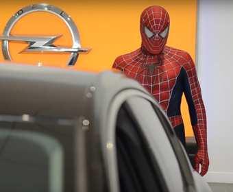 Za ponad milion wyświetleń na YouTube dostanie od dealera Opla samochód