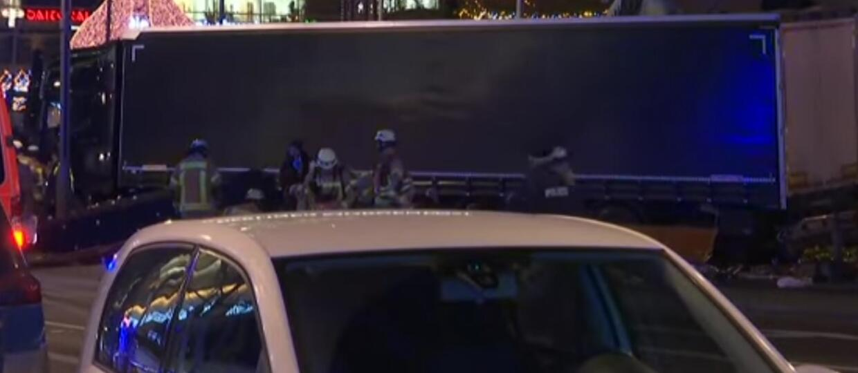 Ciężarówkę w Berlinie zatrzymał system autonomicznego hamowania