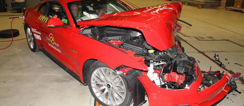 Ford Mustang oblał testy zderzeniowe
