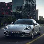 Porsche-SEHybrid-Panamera-3