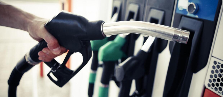 Kolejne wahania cen paliwa