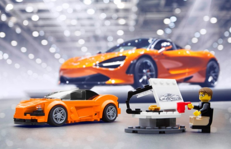 040417_McLaren LEGO_with 720S copy