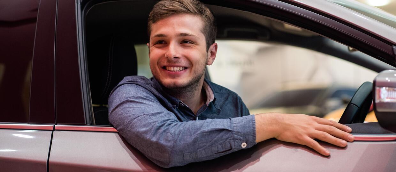 Młodzi kierowcy lubią łamać przepisy