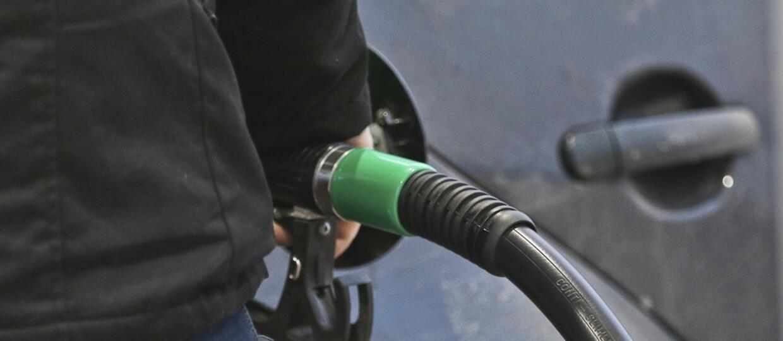 Nie bierzesz paragonu ze stacji benzynowej? Uważaj na oszustów wyłudzających podatek VAT