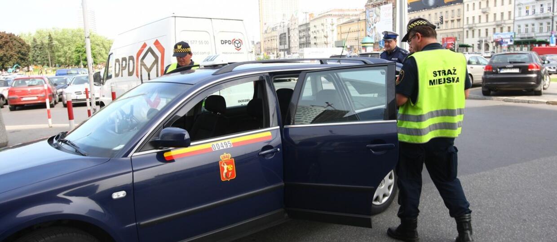 Nieprawidłowości w co czwartej ze 100 skontrolowanych taksówek