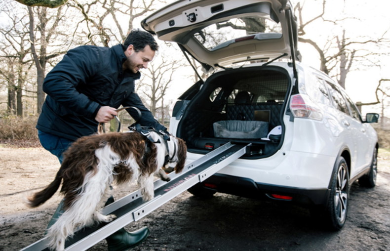 2017-nissan-x-trail-4dogs-concept-3