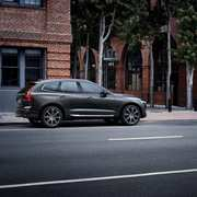 volvo-xc60-all-new-geneva-44