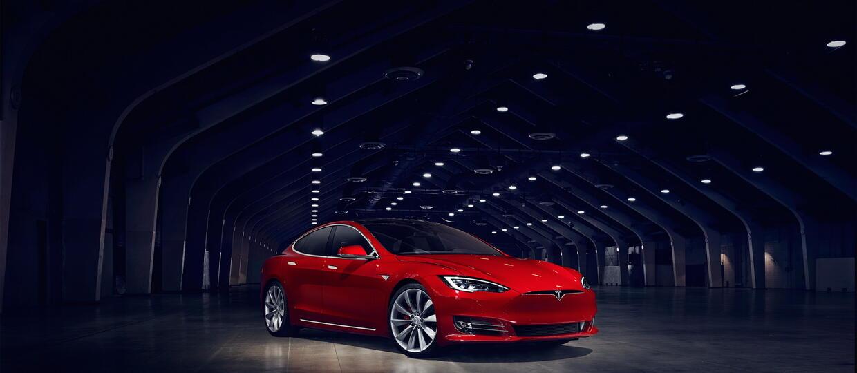 """Tesla z rekordem – do """"setki"""" w 2,28 s"""
