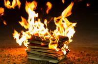 W Gdańsku spalono książki o Harrym Potterze. Rybnicki Alarm Smogowy zawiadomił prokuraturę