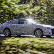 Zakamuflowany Opel Insignia Grand Sport