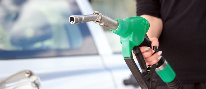 Co się stanie, gdy zatankujesz złe paliwo do swojego samochodu?