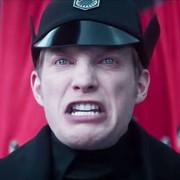 Generał Hux (Domhnall Gleeson)