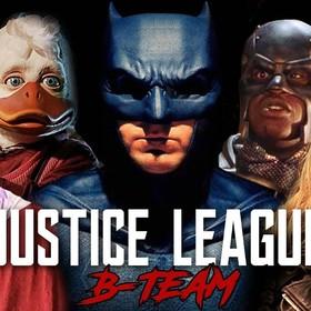 """Batman formuje nową drużynę w parodii """"Ligi Sprawidliwości"""""""