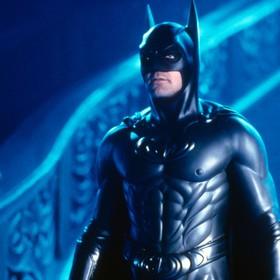 """Czy """"Batman i Robin"""" to film gejowski? Jego twórca odpowiada"""
