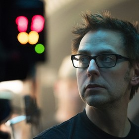 """Czy James Gunn przejdzie do Warner Bros.? Co ze scenariuszem do """"Strażników Galaktyki vol. 3""""? Ciąg dalszy afery zwolnienia reżysera przez D..."""