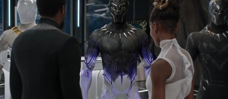 Black Panther, kostium z vibranium