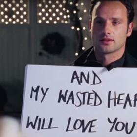 """Fanów filmu """"To właśnie miłość"""" zaszokował nieznany fakt na temat obsady"""