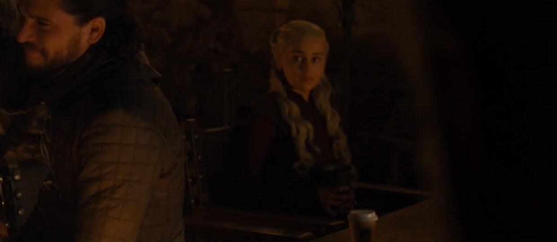 """""""Gry o tron"""": HBO i Starbucks skomentowały obecność kubka po kawie w nowym odcinku"""