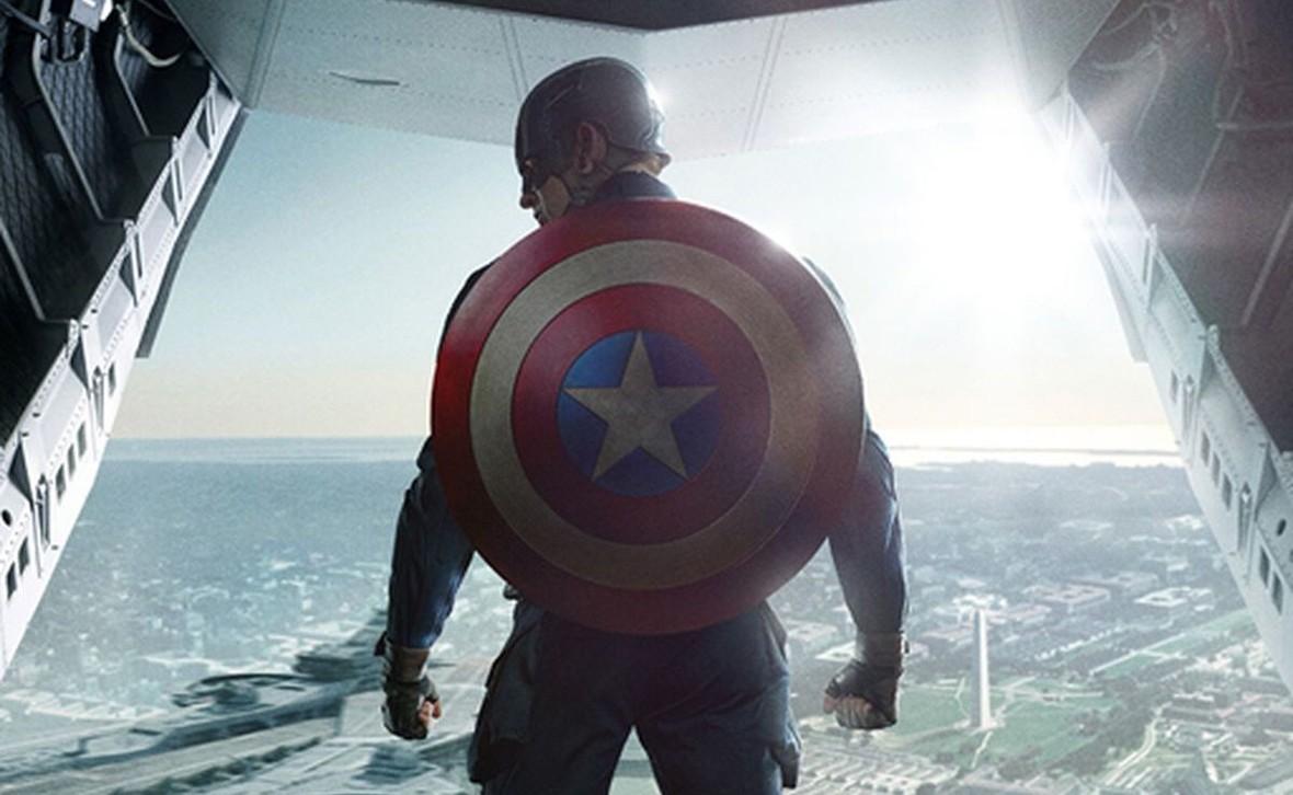 Gwiazda MCU uważa, że nowy Kapitan Ameryka będzie miał inny kolor skóry lub płeć