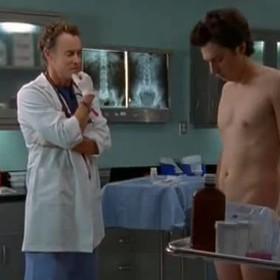"""Gwiazdor serialu """"Hoży doktorzy"""" odkrył, że... został twarzą kuracji na problemy ze wzwodem"""