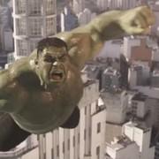 Hulk w dziwacznej reklamie samochodu