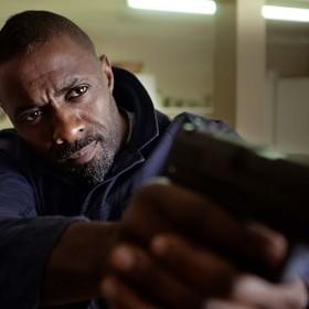 Idris Elba zostanie kolejnym Bondem? Twórcy twierdzą, że nadszedł czas na czarnoskórego agenta 007