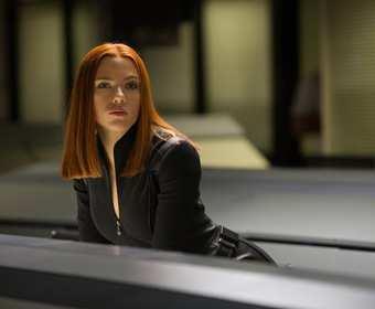 Jak Scarlett Johansson zareagowała na strój Czarnej Wdowy?