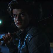 """Jak Steve ze """"Stranger Things"""" wyglądałby jako młody Negan z """"The Walking Dead""""?"""