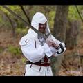 Jak stworzyć ostrze Altaira z Assassin's Creed?