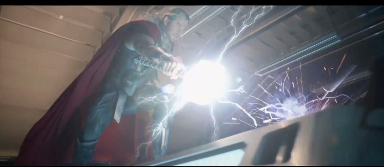 """Jak wygląda usunięta scena z """"Avengers: Czas Ultrona""""?"""