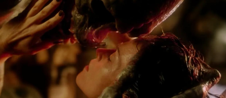 Jak wyznać miłość w kosmicznym stylu, czyli romantyczne chwile z filmów i seriali science fiction