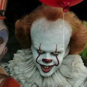 Klauny we współczesnym horrorze. Jak zmieniał się wizerunek tych postaci?