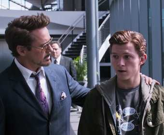 Tony Stark (Robert Downey Jr.) i Peter Parker (Tom Holland)