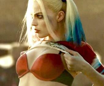 """Margot Robbie wyznała, dlaczego nie lubiła półnagich scen w """"Legionie Samobójców"""""""