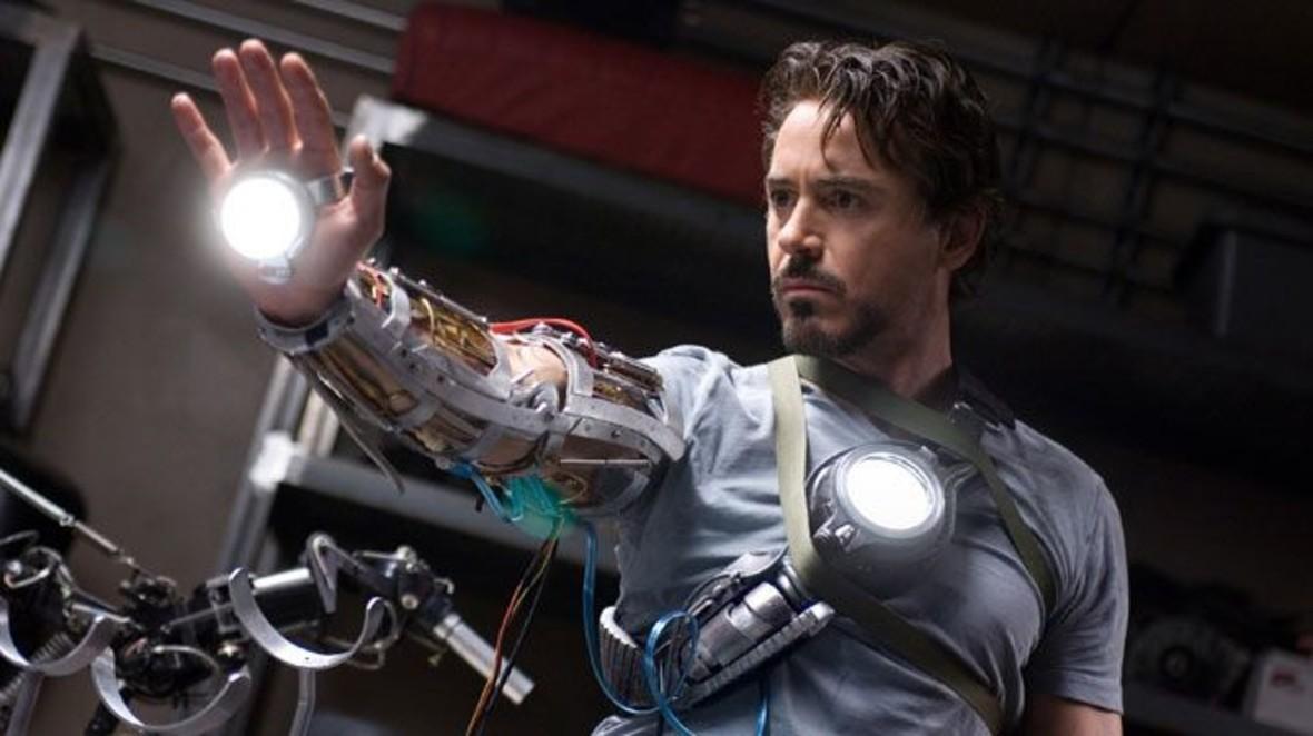 """Marvel Studios pokazuje concept arty z pierwszej części """"Iron Mana"""", by uczcić 10 lat MCU"""