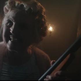 Mordercza babcia nienawidzi Halloween. Zobacz krótkometrażowy horror