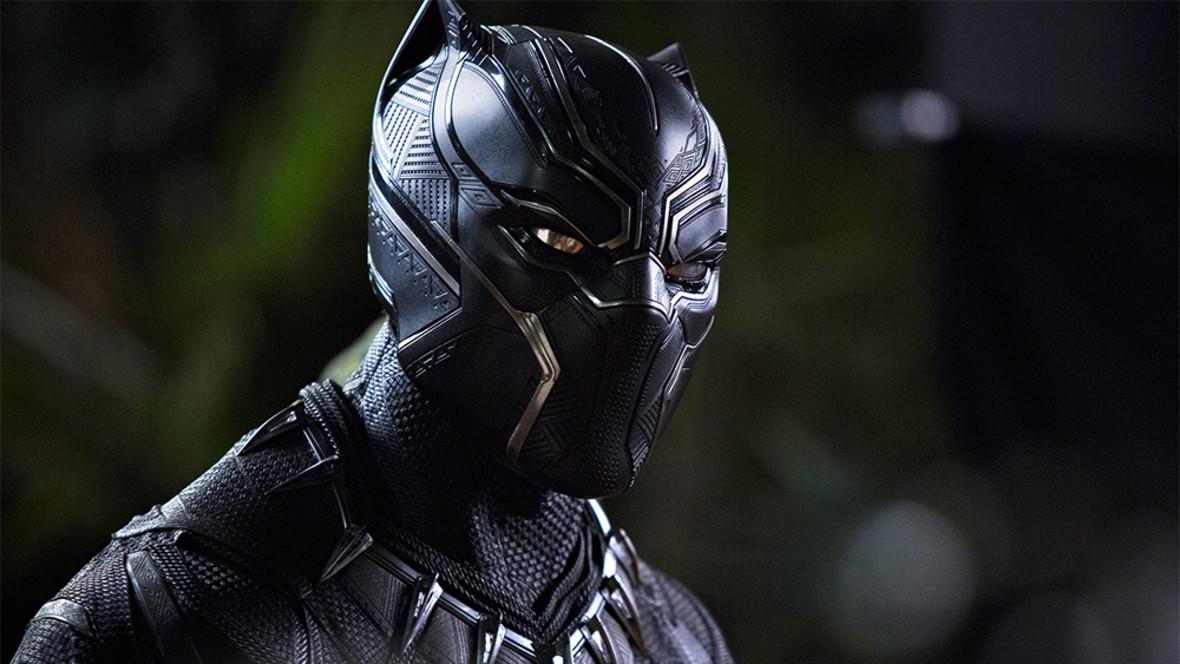 """O co chodzi w scenie po napisach filmu """"Black Panther""""?"""